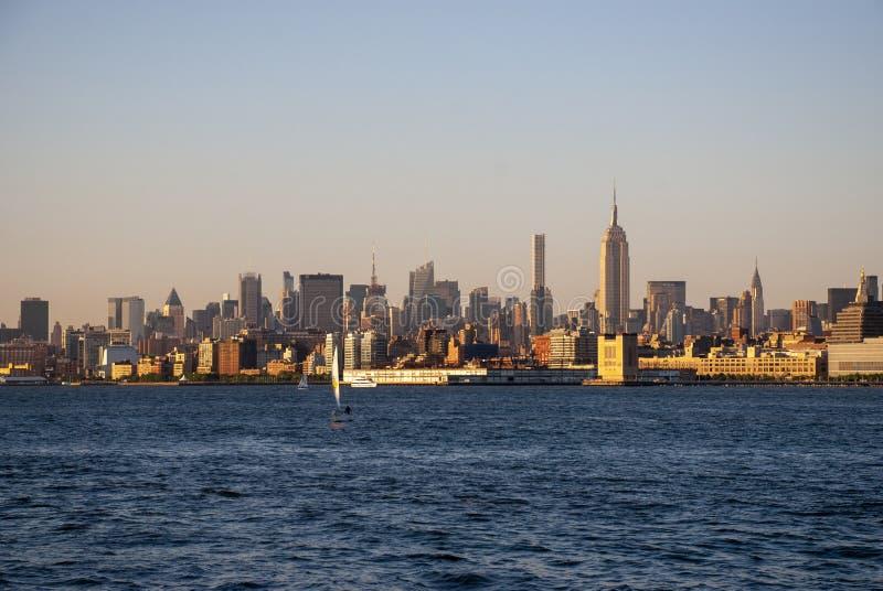 Widok zachodu słońca na Midtown i na Manhattanie fotografia royalty free