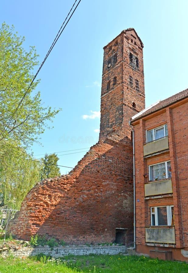 Widok zegarowy wierza medalu Ragnit kędziorek Miasto Neman, Kaliningrad region zdjęcie stock