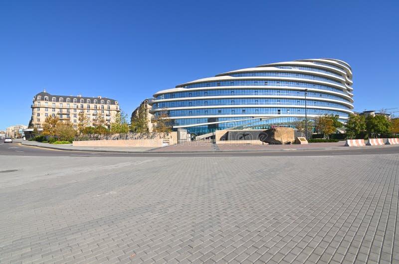 Widoki Biały miasto w budowie w Baku zdjęcia royalty free