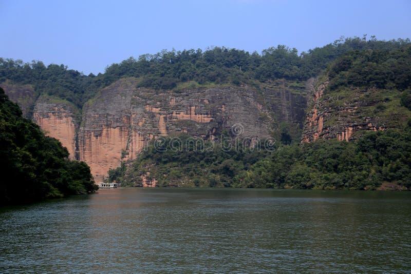 Widoki górscy w Dajin jeziora parku i jezioro, Taining, Fujian, Chiny zdjęcie stock