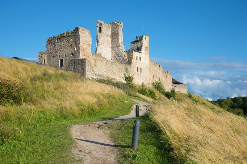 Widoki ruiny średniowieczny kasztel Livonian rozkaz Rakvere, Estonia obrazy royalty free