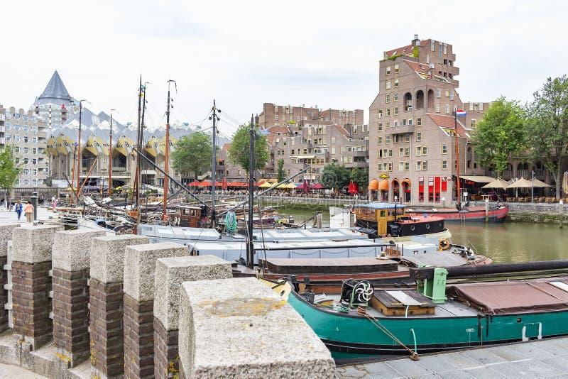 Widoki starego portu i sześcianu domy, Rotterdam zdjęcie stock
