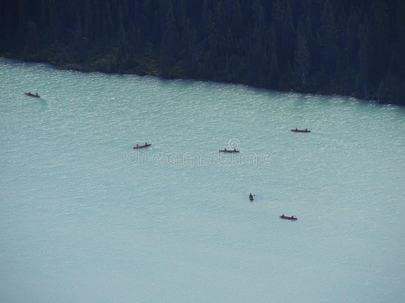 Widoki wycieczkuje wokoło śladu, równiny sześć lodowów, Jeziornego Agnes, Lustrzanego jeziora i Dużego ula Jeziornego Louise, Lak obrazy royalty free