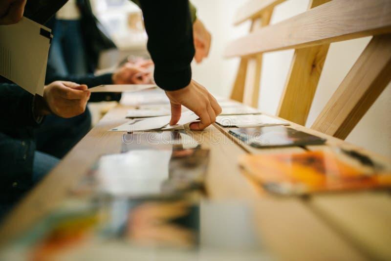 Widoku druku fotografie, przegląd lub portfolio, przeglądają, wydarzenie fotografowie zdjęcia stock