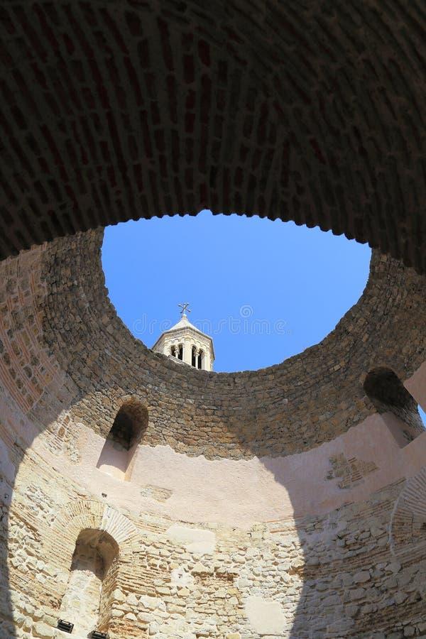 Widoku przedsionek Diocletian pałac, rozłam zdjęcia royalty free