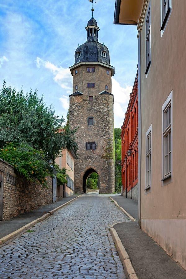Wieża średniowieczna z bramami fotografia stock