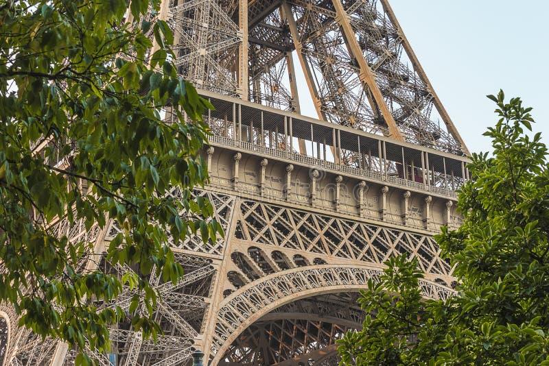 wieża eiffla, blisko zdjęcia royalty free