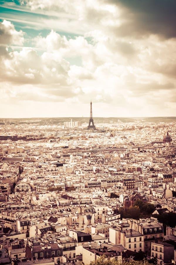 Wieża Eifla w sepiowym, Paryski, Francja zdjęcia stock