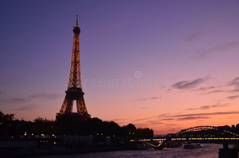 Wieża Eifla, zmierzch fotografia stock
