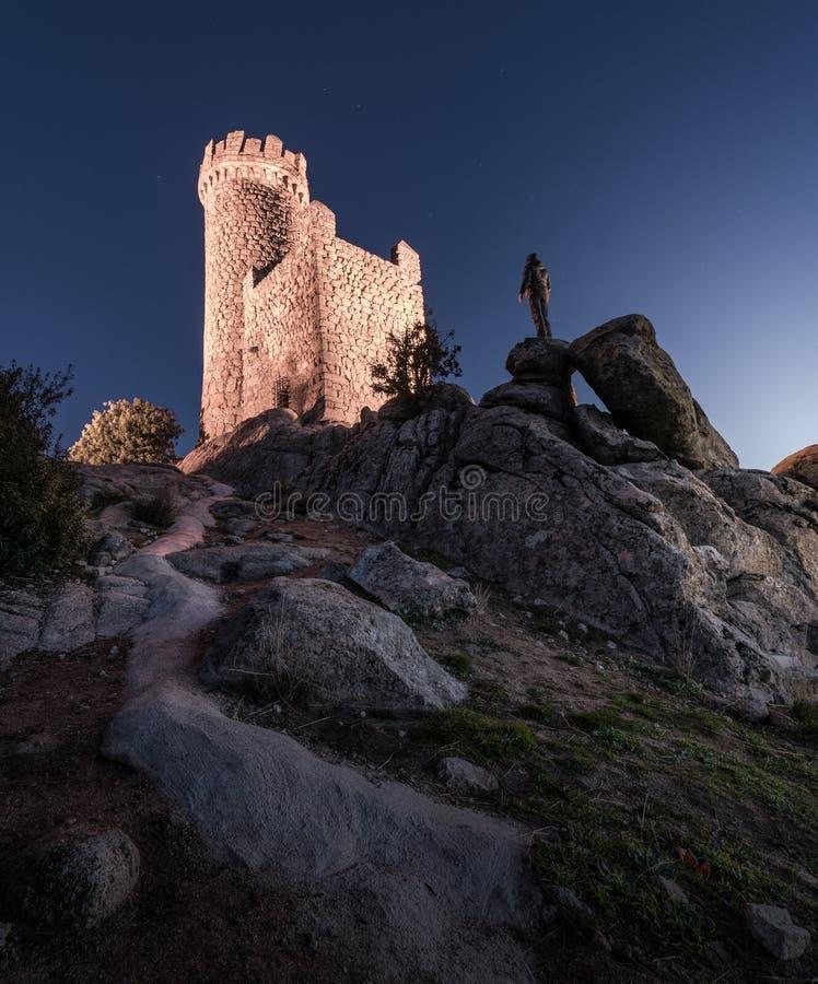 Wieża obserwacyjna w nocy fotografia stock