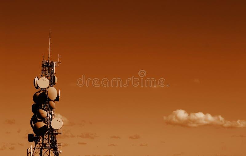 wieża telekomunikacyjnych zdjęcie stock