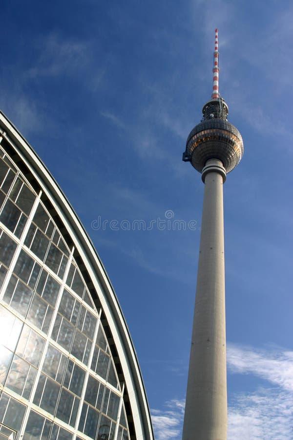 wieża telewizji zdjęcie stock