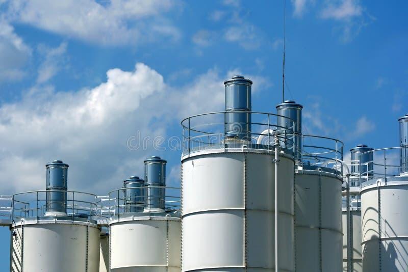 wieże przemysłowe obrazy stock