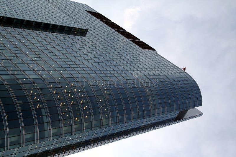 wieżowiec chmury zdjęcie royalty free