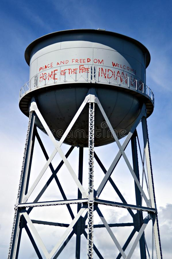 Wieży Ciśnień Alcatraz rodowitego amerykanina graffiti zdjęcia stock