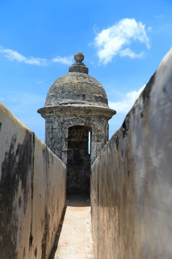 Wieżyczka na ścianie El Morro w San Juan Puerto Rico zdjęcie royalty free