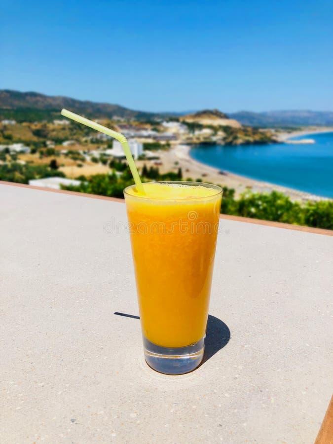?wie?e szklana sok pomara?czowy obraz royalty free