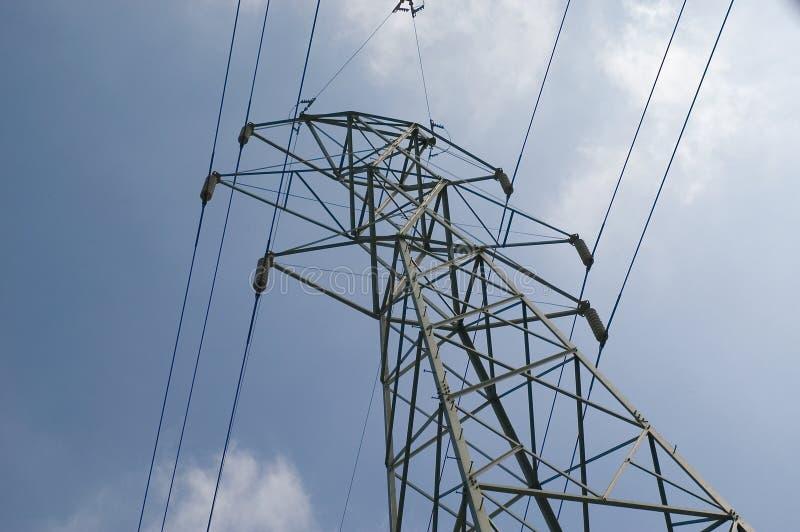 Download Wieża widok obraz stock. Obraz złożonej z drut, metal, elektryczność - 138267