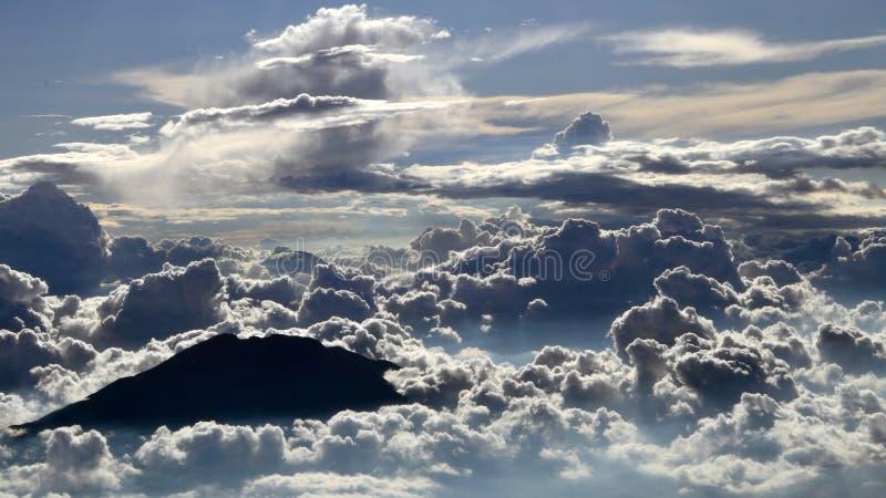 Wie Wonderfull-Tausend-Kunst - Merapi-Berg lizenzfreie stockbilder