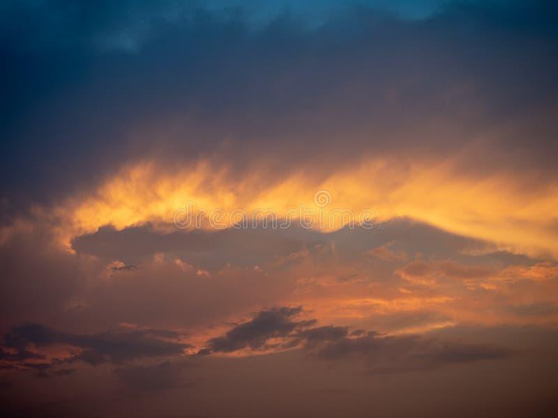 Wieczór nieba zmierzch zdjęcie royalty free