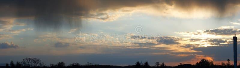 wieczór overcast panoramy niebo obraz royalty free