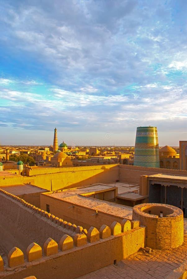 Wieczór panorama Khiva zdjęcia royalty free