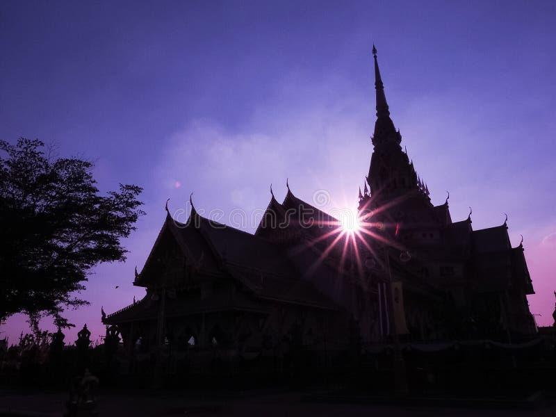 Wieczór przy świątynią fotografia stock