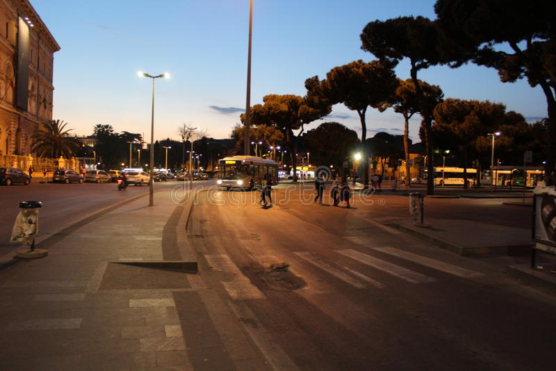Wieczór przy Roma Termini zdjęcia stock