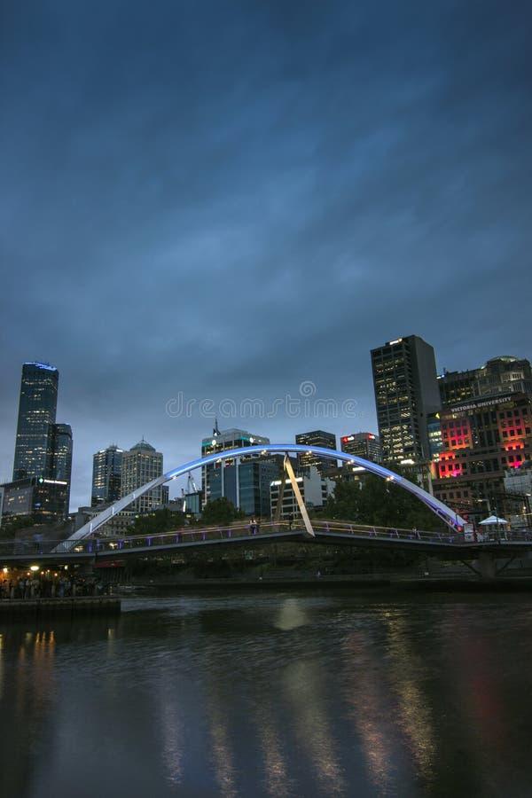 Wieczór stroną Yarra rzeka Melbourne obrazy stock