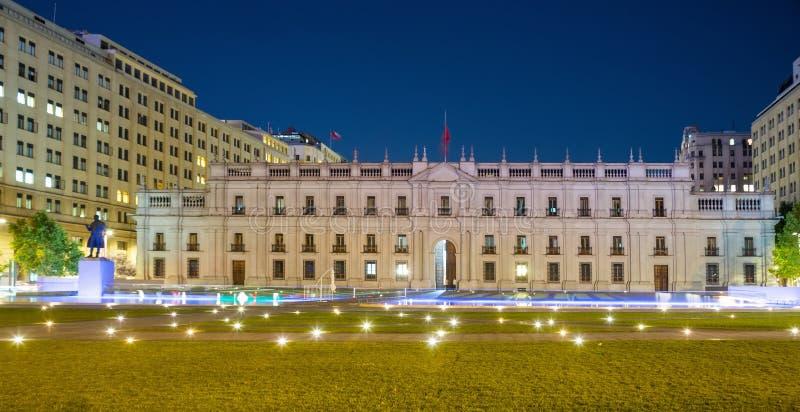 Wieczór widok pałac los angeles Moneda chile Santiago obrazy royalty free