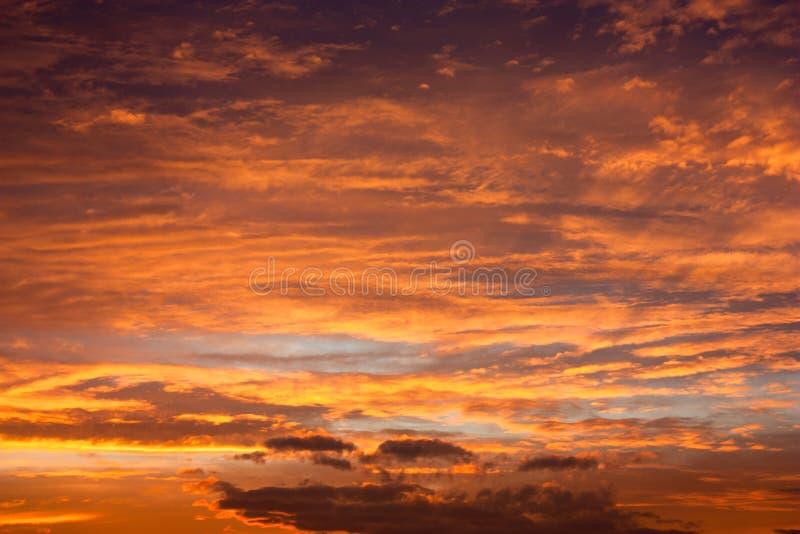 Wieczór zmierzchu widok piękny niebo obrazy royalty free