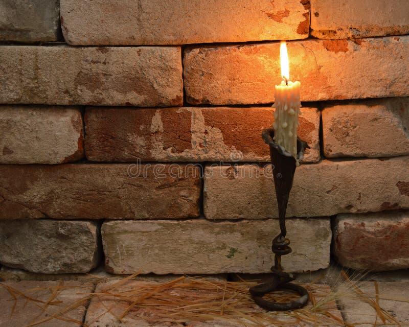 Download Świeczka 1 zdjęcie stock. Obraz złożonej z światło, romantyczny - 33045594