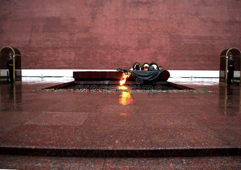 Wiecznie ogień w deszczu zdjęcie stock