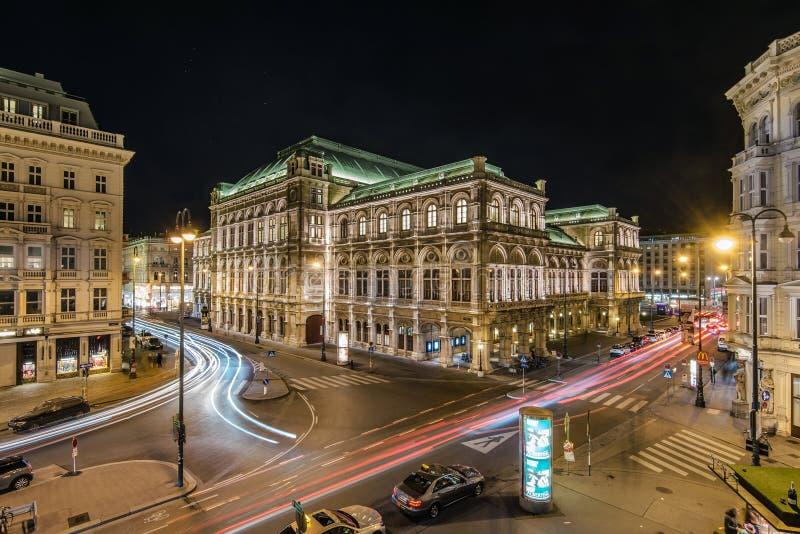 Wiedeń stanu opery nocy widok obraz stock