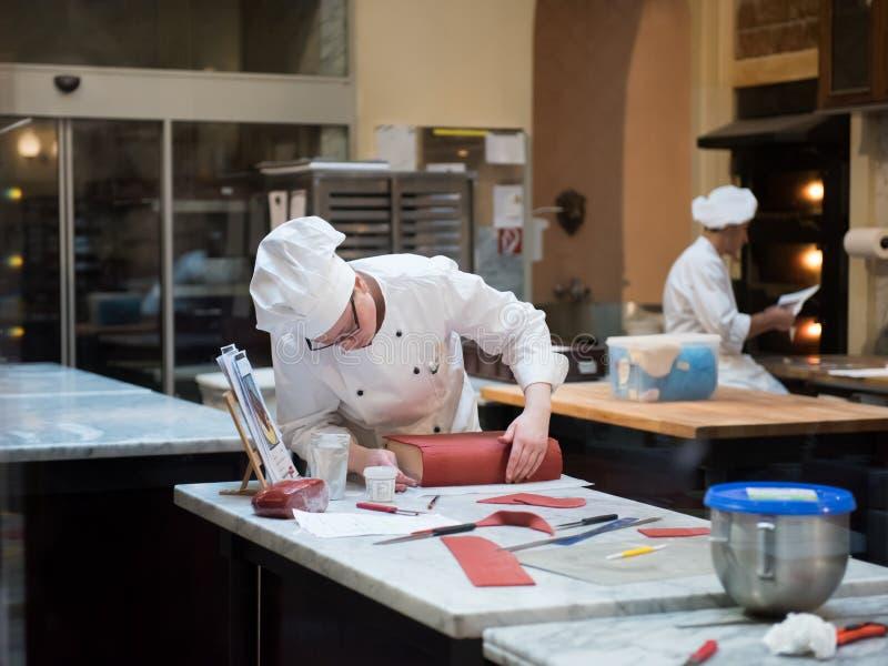 WIEDEŃ AUSTRIA, Luty, - 17, 2017 Kuchnia elegancki Demel kawy dom w Wiedeń obrazy royalty free