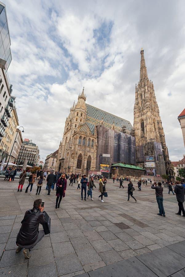 WIEDEŃ AUSTRIA, PAŹDZIERNIK, - 10, 2016: St Stephen ` s katedra, Wiedeń, Austria obraz stock