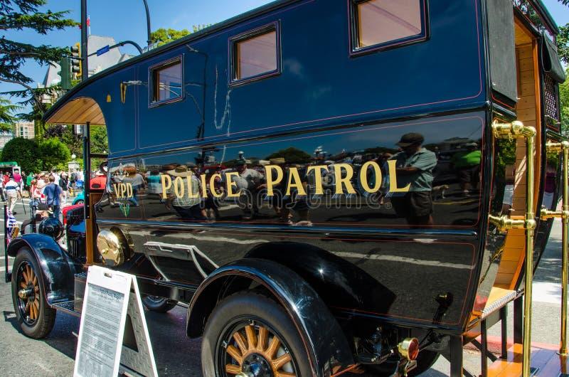 Wieder hergestellte Weinlese-Polizei Paddy Wagon lizenzfreies stockbild