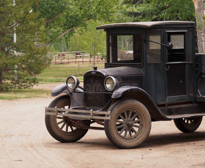 Wieder hergestellter antiker Chevrolet-LKW lizenzfreies stockbild