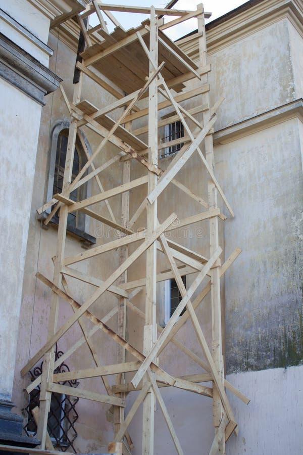Wiederherstellung des historischen Gebäudes lizenzfreie stockbilder