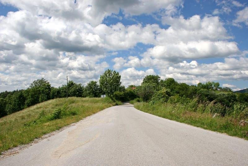 Download Wiejska droga zdjęcie stock. Obraz złożonej z pusty, kraj - 144902