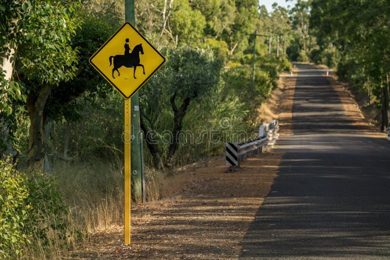 Wiejska Droga dla koni obrazy royalty free