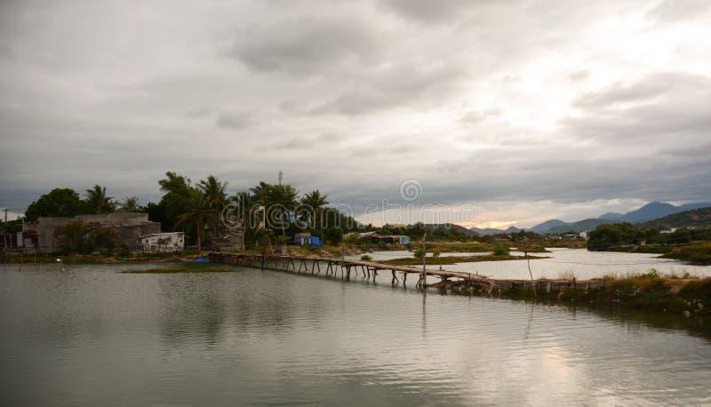 Wiejska sceneria w Phan Dzwonił, Wietnam obraz royalty free