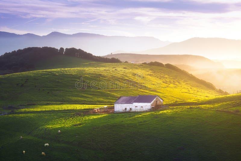 Wiejski gospodarstwo rolne w Gorliz zdjęcia stock