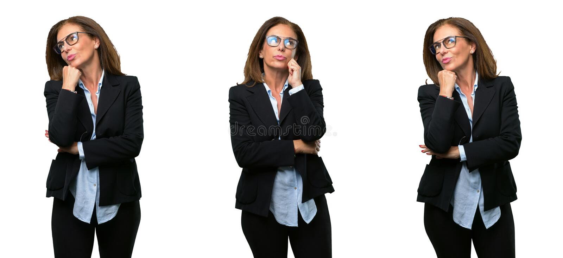 Wiek średni biznesowa kobieta z długie włosy zdjęcie stock