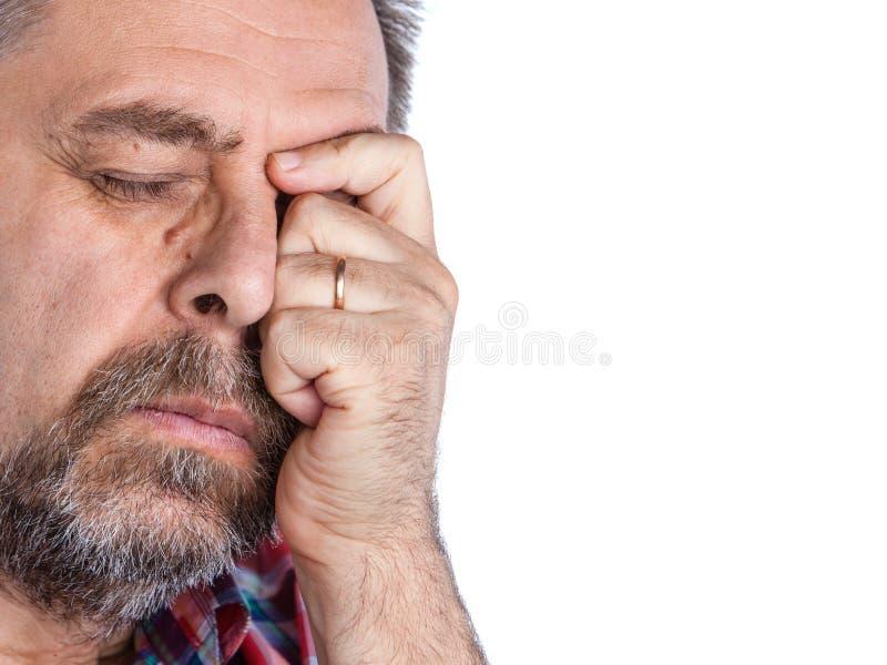 Wieka średniego mężczyzna cierpienie od migreny obraz royalty free