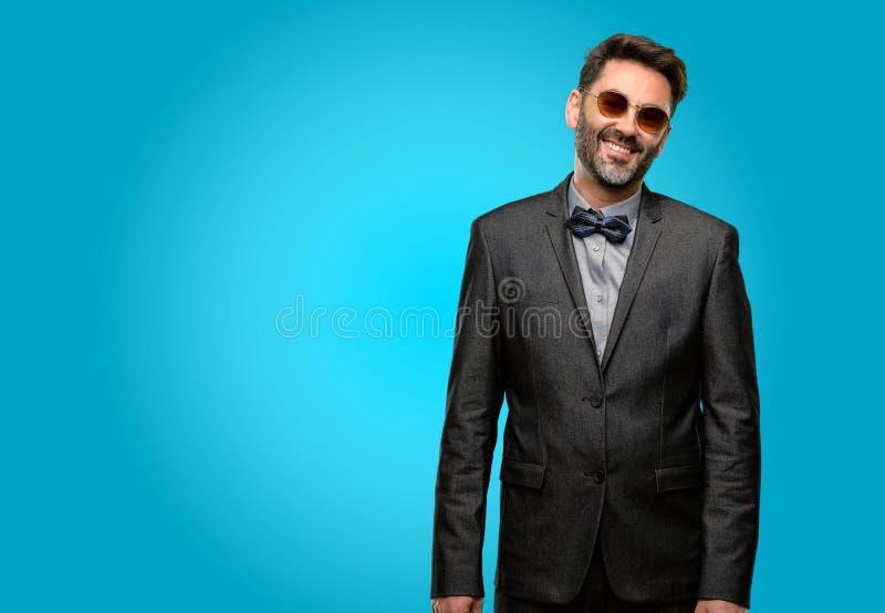 Wieka średniego mężczyzna jest ubranym kostium zdjęcie royalty free