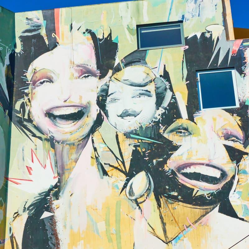 Wielcy malowid?o ?cienne graffiti zdjęcia stock