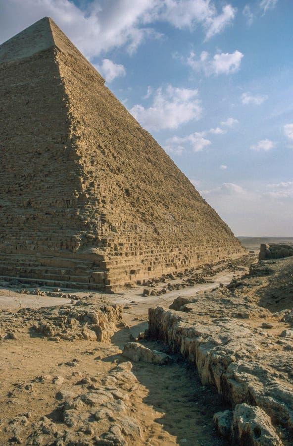 Wielcy ostrosłupy przy Giza zdjęcia stock