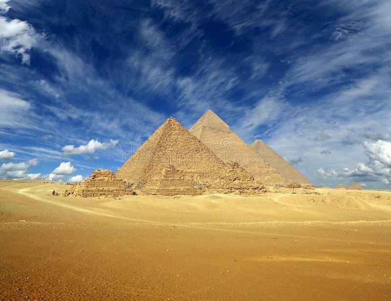 Wielcy ostrosłupy w Egipt fotografia stock