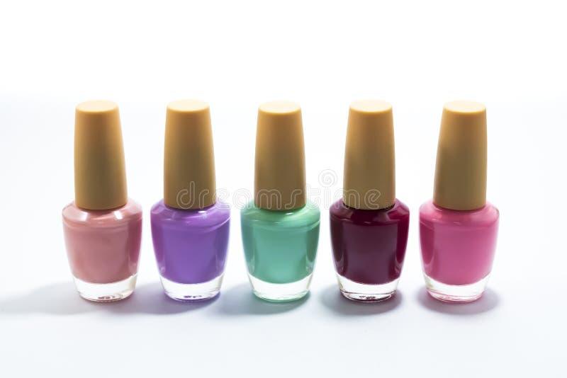 Wiele butelki kolorowa paznokieć farba fotografia stock